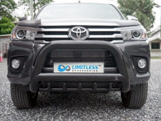 Toyota-Hilux-2015-EXCLUSIVE-mattsvart-frontbåge-extraljushållare-led-ljusbåge-extraljusbåge-extraljus-frontbågar-sverige-ab-svart-1